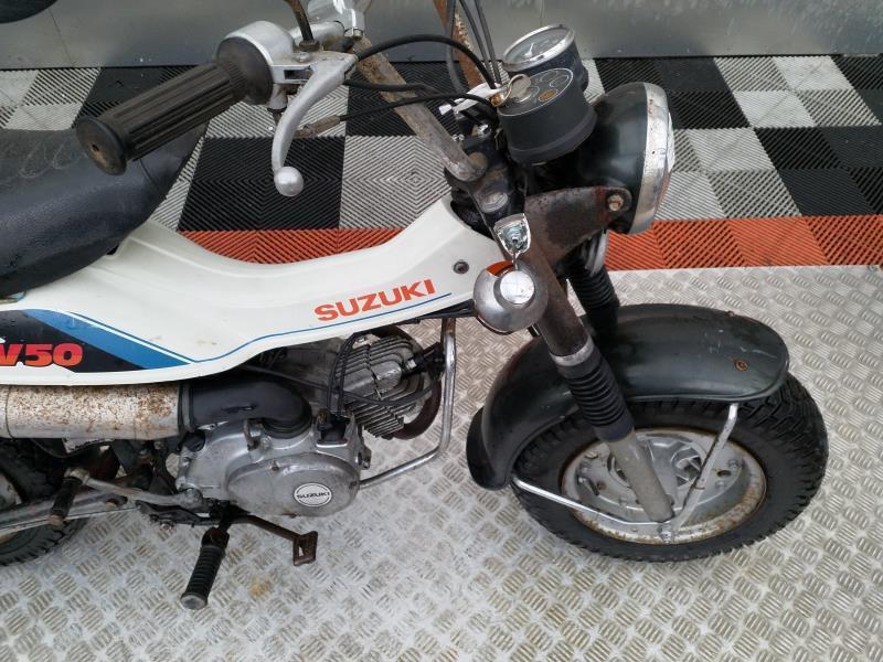 SUZUKI RV 50