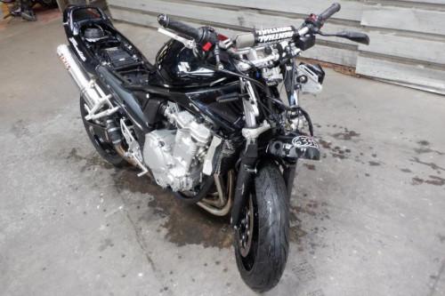 SUZUKI 650 GSF