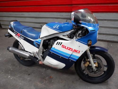 SUZUKI 750 GSXR