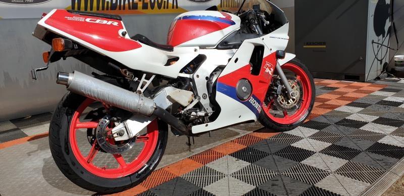 HONDA CBR 250 RR